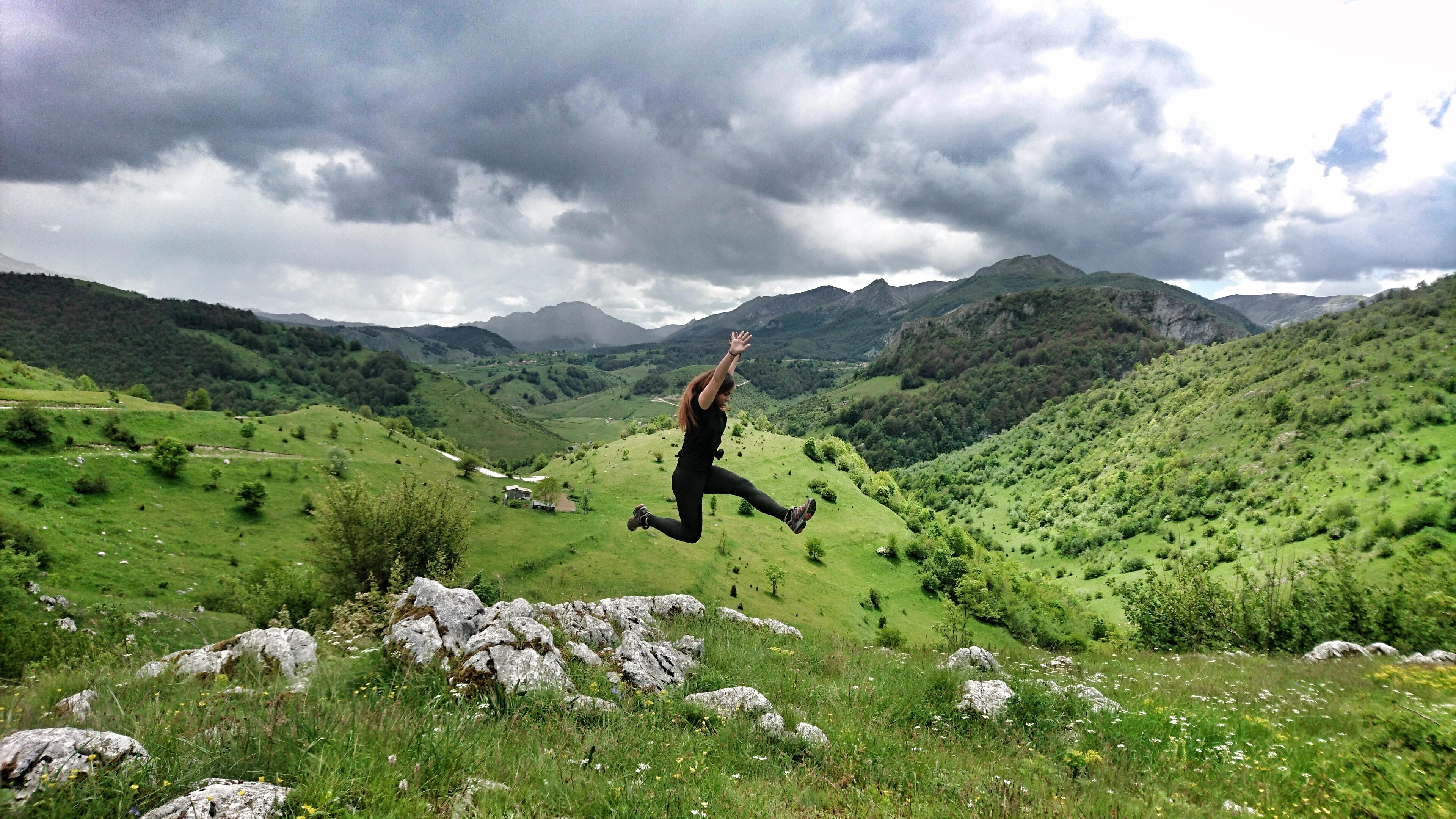 My ninja jump in the mountains